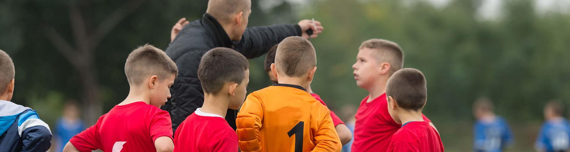Fußballtrainer einer Jugendgruppe