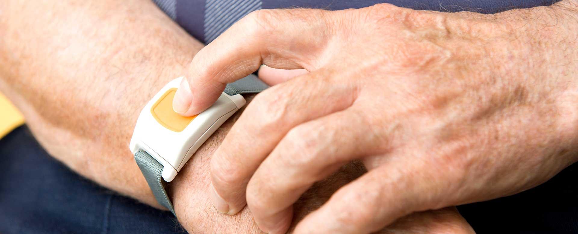 Technische Assistenzsysteme - Armband als Notrufsystem